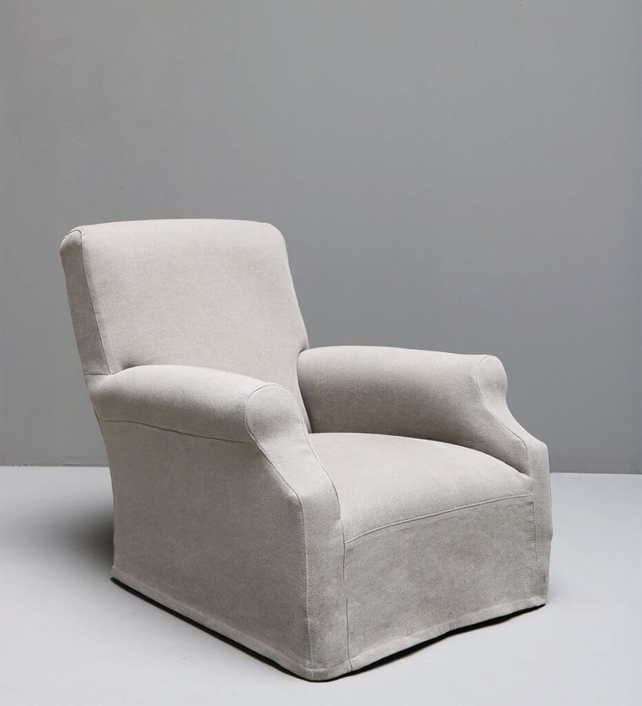 Queen armchair by studio Oliver Gustav