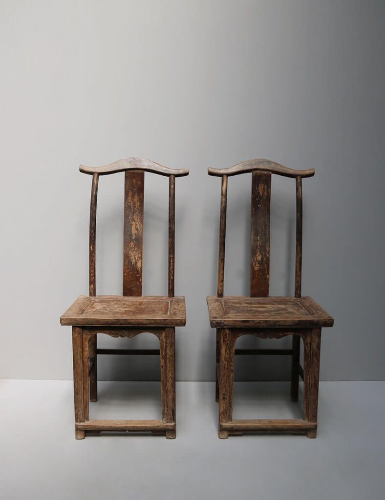 Chinese antique yokeback chairs in wood at studio Oliver gustav