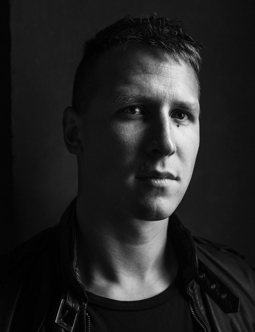 Danish Artist Kaare Golles represented by Studio Oliver Gustav