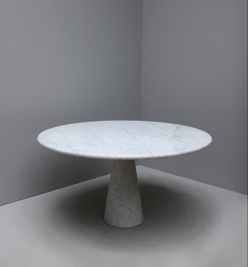 Angelo Mangiarotti round dining table made in white marble