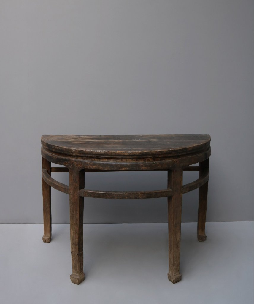 Antique Chines table made in elm wood, shaped as a half moon