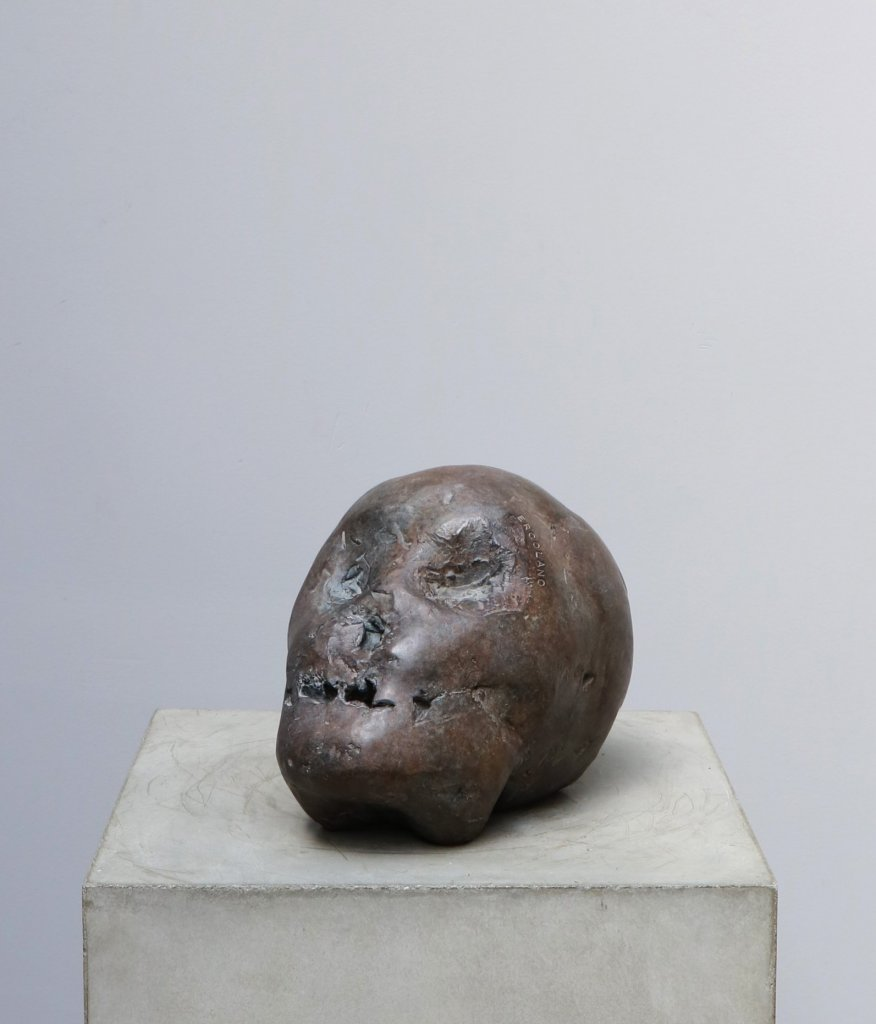 Ercolano is a sculpture in bronze made by the danish artist Kaare Golles